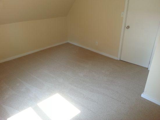 801 Bond St, Green Bay, WI 54303