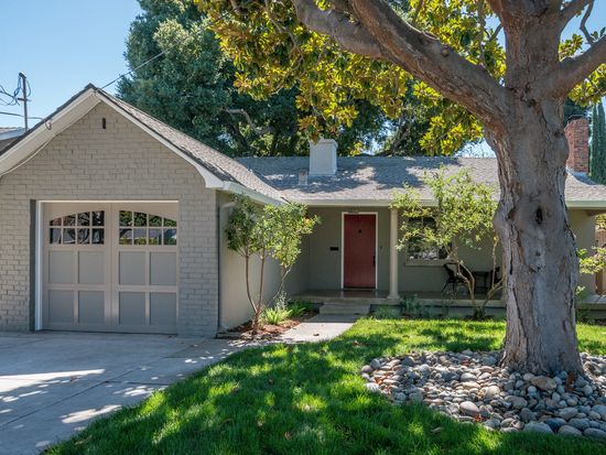135 Eldora Dr, Mountain View, CA 94041
