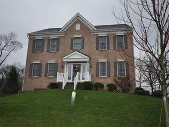 1240 Snee Dr, Pittsburgh, PA 15236