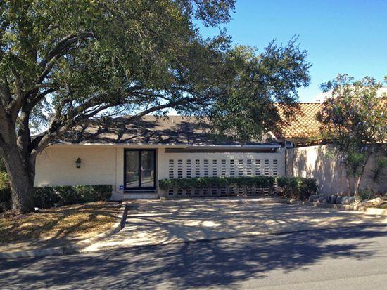 3801 W Songbird Ln, San Antonio, TX 78229