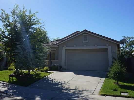 2145 Paul Courter Way, Sacramento, CA 95835