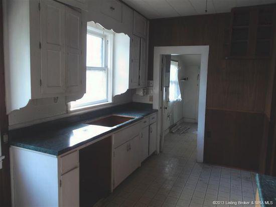 1112 E Oak St, New Albany, IN 47150