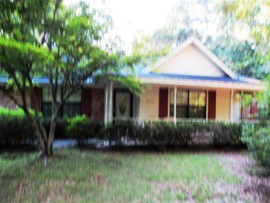 5657 Riviera Dr, Milton, FL 32583
