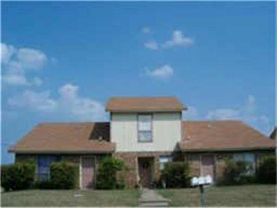 429 SW Thomas St, Burleson, TX 76028