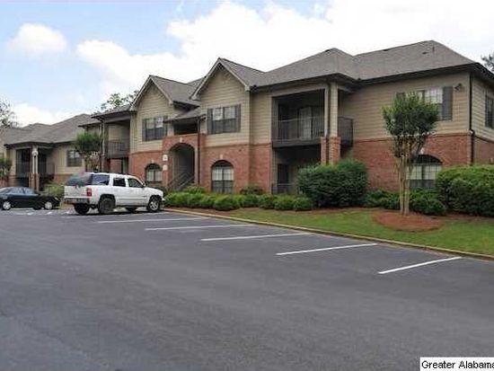 206 Sterling Oaks Dr, Hoover, AL 35244