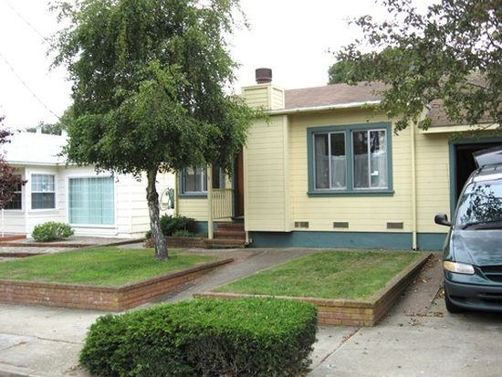 617 Alder St, Pacific Grove, CA 93950