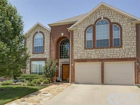 2740 Maple Creek Dr, Fort Worth, TX 76177