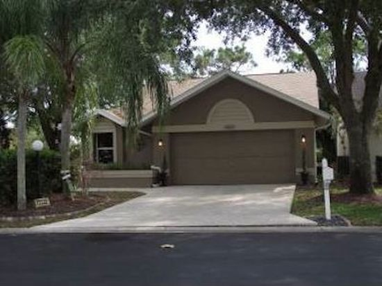 13537 Admiral Ct, Fort Myers, FL 33912