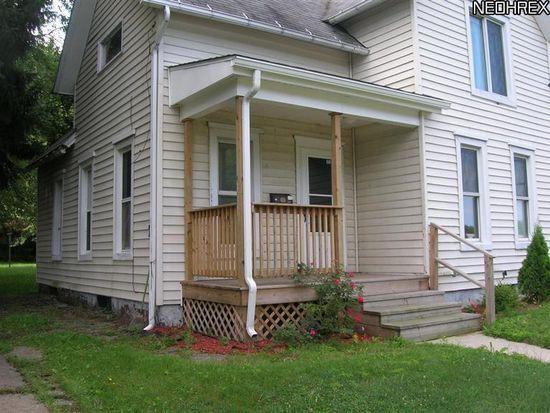 681 Madison St, Conneaut, OH 44030