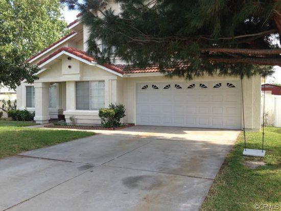 707 W Sequoia St, Rialto, CA 92376