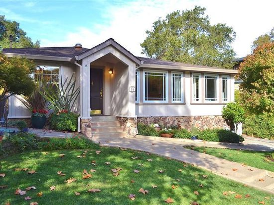 30 Spruce Rd, Fairfax, CA 94930
