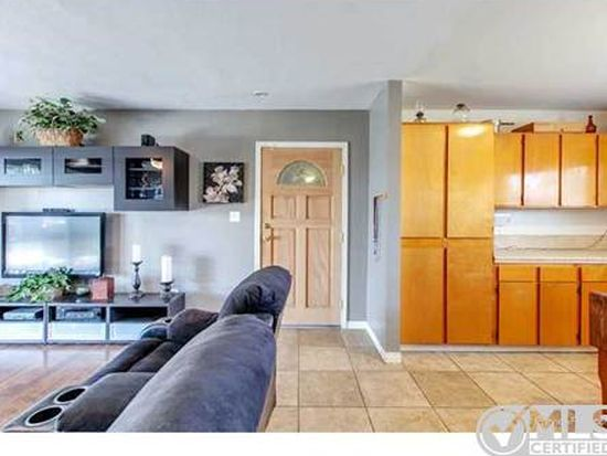 7865 Prairie Mound Way, San Diego, CA 92139