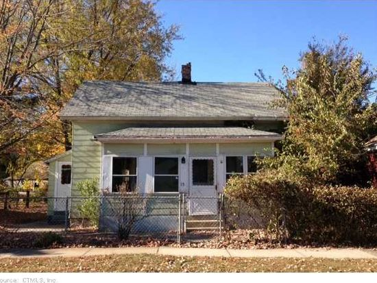 15 West St, Wallingford, CT 06492