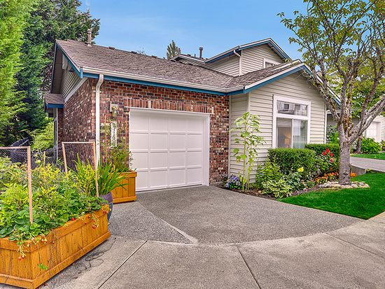 2166 NW Pacific Elm Dr, Issaquah, WA 98027