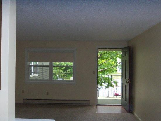 93 Henry Law Ave UNIT 34, Dover, NH 03820