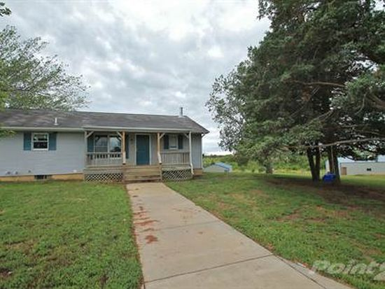 4983 W 245th St, Osage City, KS 66523