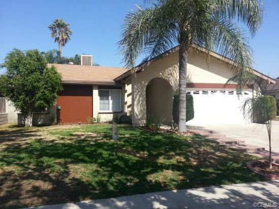 9641 Lemon Ct, Fontana, CA 92335
