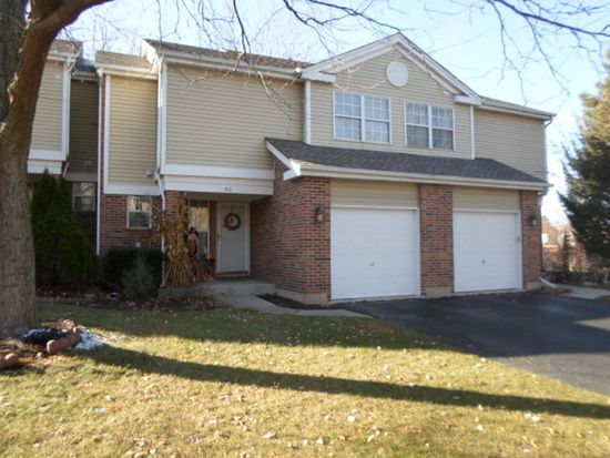 610 Hillview Ct, West Chicago, IL 60185