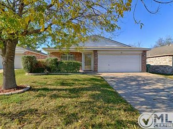 506 Hollyberry Dr, Mansfield, TX 76063