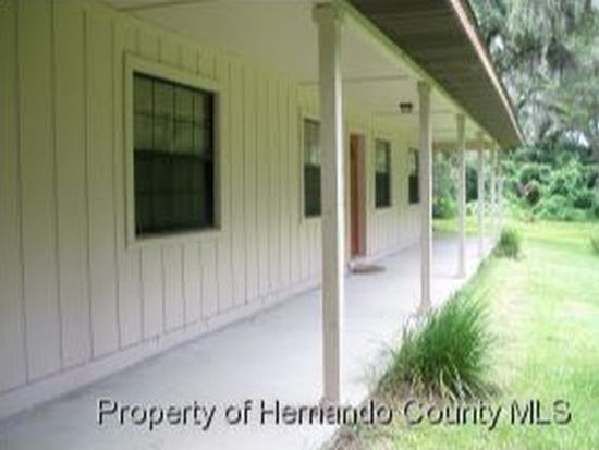7250 Griffin Rd, Brooksville, FL 34601