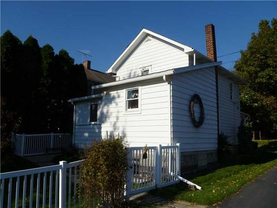 416 N Broad St, Grove City, PA 16127