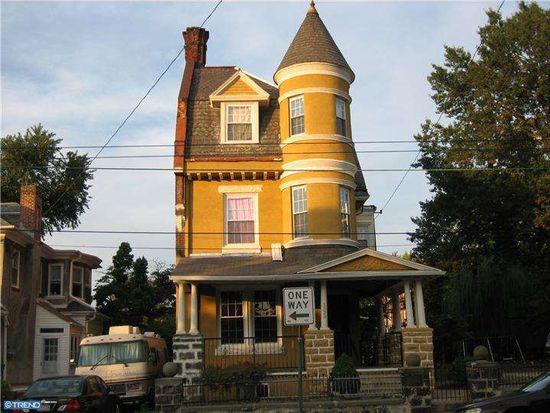 1329 Arrott St, Philadelphia, PA 19124