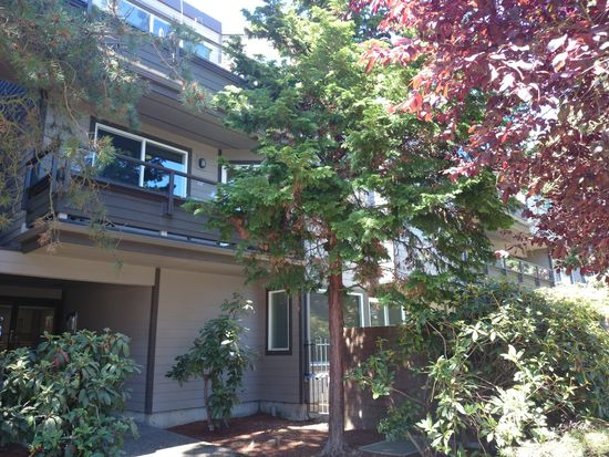 6055 35th Ave SW APT 107, Seattle, WA 98126