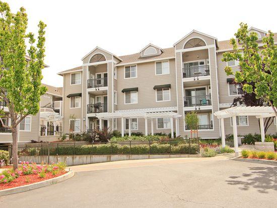 1982 W Bayshore Rd APT 121, East Palo Alto, CA 94303