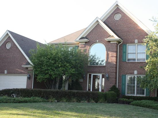 793 Tanager Ln, West Chicago, IL 60185