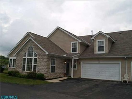 985 Governors Cir, Lancaster, OH 43130