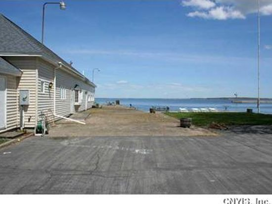 226 N Point St, Cape Vincent, NY 13618