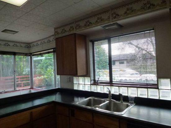 8255 Wallingford Ave N, Seattle, WA 98103