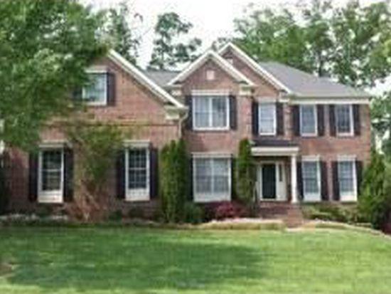 9216 Club Hill Dr, Raleigh, NC 27617