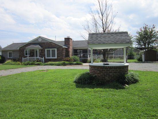 310 Shirley Ave, Deltaville, VA 23043