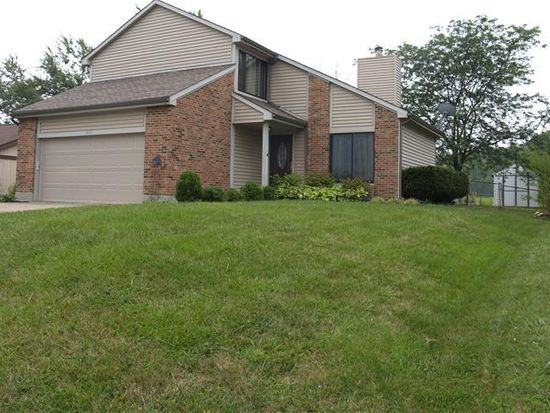 2826 Miami Village Dr, Miamisburg, OH 45342