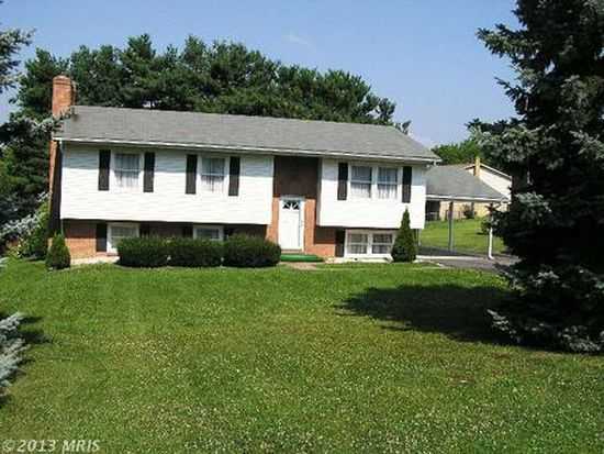 1221 Darlington Dr, Winchester, VA 22603