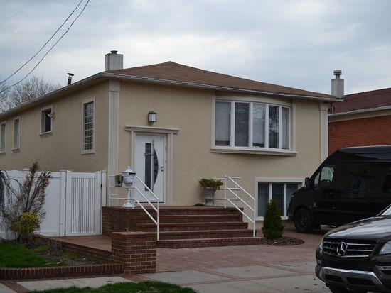 2213 E 59th Pl, Brooklyn, NY 11234