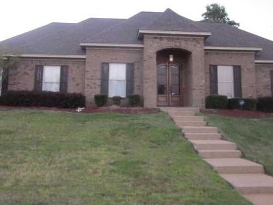 825 Creston Dr, Byram, MS 39272