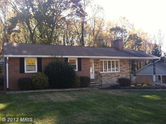 600 Bartell Ave, Linthicum Heights, MD 21090