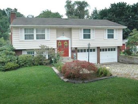 401 Crescent Gardens Dr, Pittsburgh, PA 15235