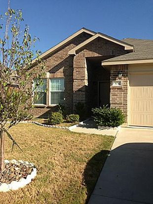 404 Marble Creek Dr, Fort Worth, TX 76131