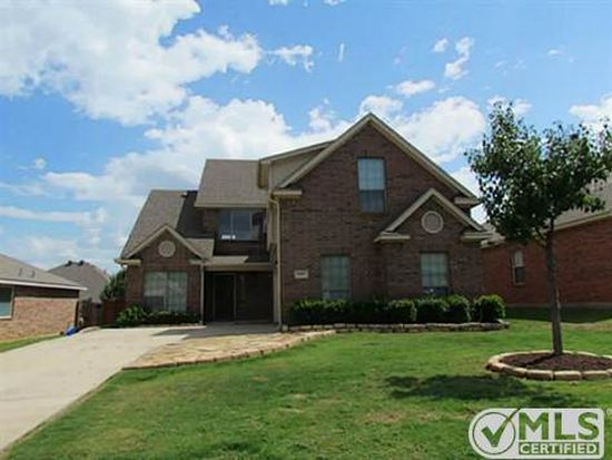 1317 Maple Terrace Dr, Mansfield, TX 76063