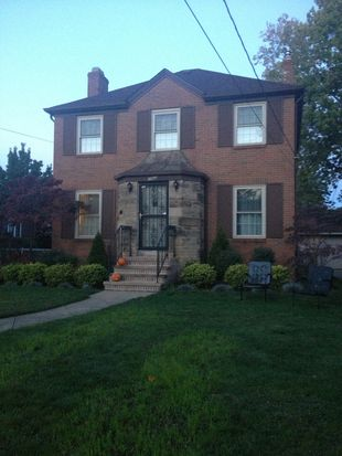 2862 Lakeview Ave, Rocky River, OH 44116