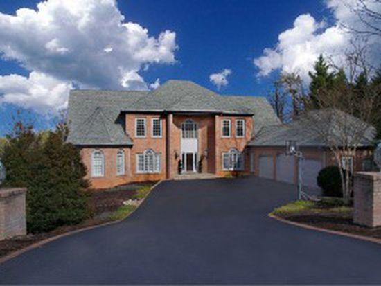 5333 Fox Ridge Rd, Roanoke, VA 24018