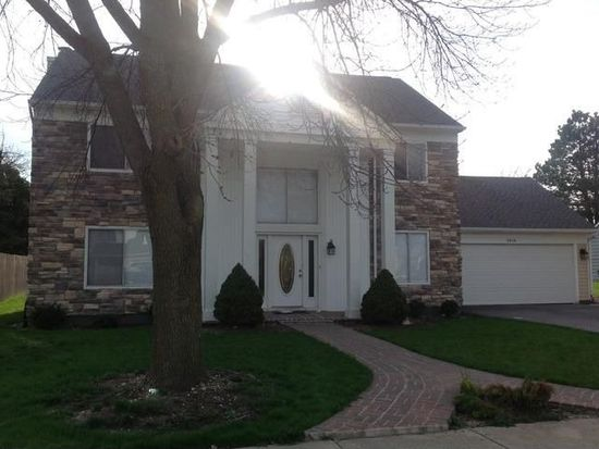 2856 Evergreen Ln, Aurora, IL 60502