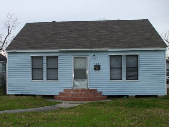 3031 15th St, Port Arthur, TX 77642