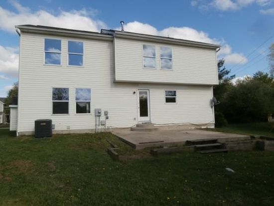 4071 Walnut Crossing Dr, Groveport, OH 43125