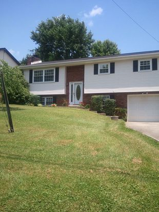 300 Crestview Dr, Charleston, WV 25302