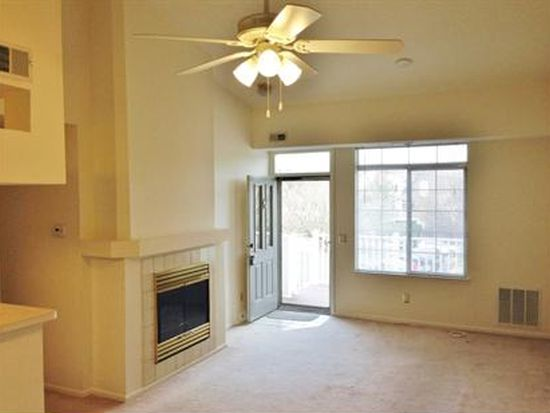 4 Wentworth Rd, Bedminster, NJ 07921
