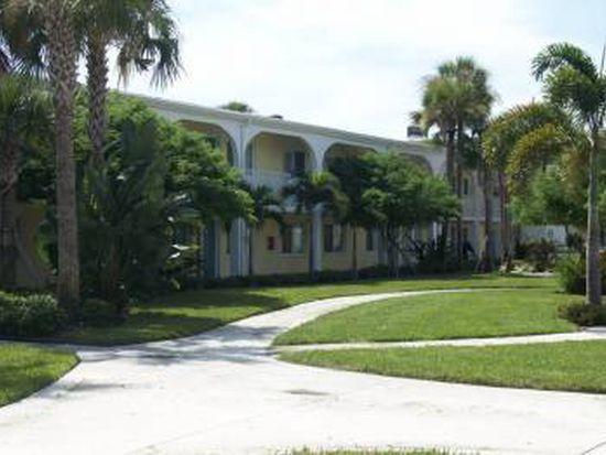 1511 Eden Isle Blvd NE APT 83, Saint Petersburg, FL 33704